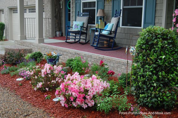 Front yard landscape makeover plant guide hometalk for Landscape plans zone 6