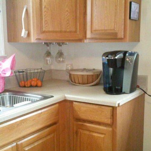 kitchen cabinet hardware - yes or no? | hometalk