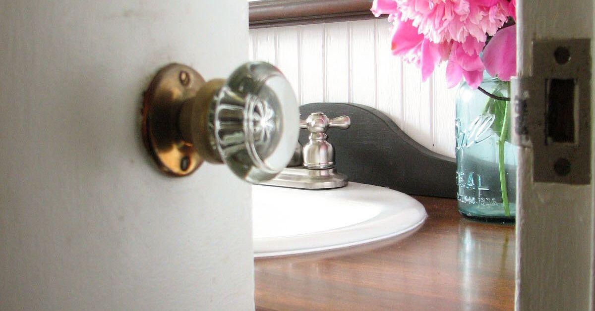 Budget friendly farmhouse bathroom remodel reveal hometalk - Budget friendly bathroom remodel ...