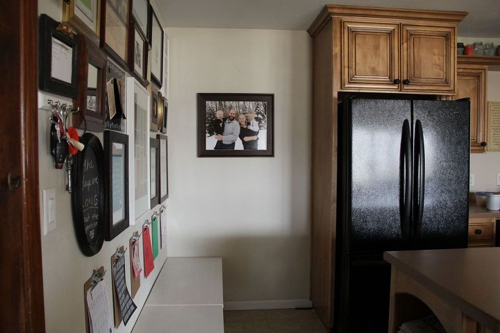How do you build a pantry?
