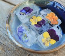 floral ice cubes elegant entertaining, flowers, gardening, repurposing upcycling