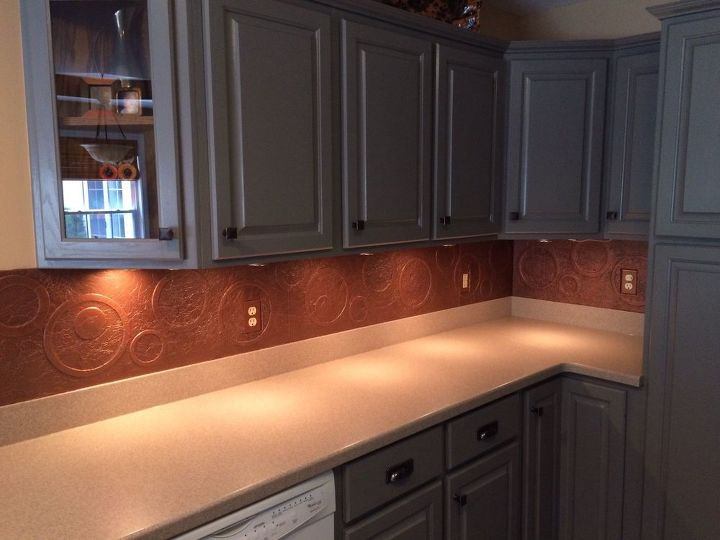 Diy Kitchen Copper Backsplash Decoupage Kitchen Backsplash Kitchen Design Repurposing Upcycling