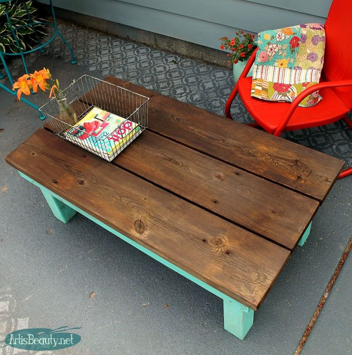 Old Coffee Table Outdoor: DIY Vintage Inspired Farmhouse Style Coffee Table