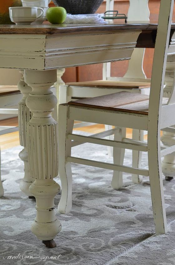 Chalk paint grandma 39 s antique dining table and chairs for Painted round dining table and chairs