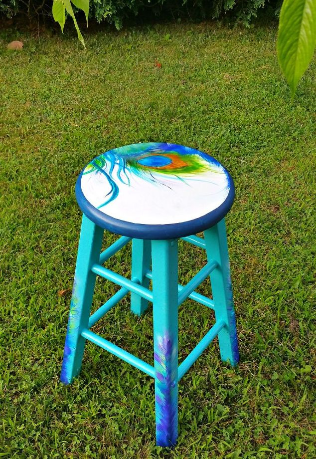 painting a asian theme stool