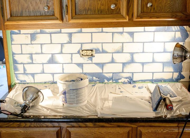 Subway Tile With Glamour Grout Backsplash How To Kitchen Backsplash Kitchen Design