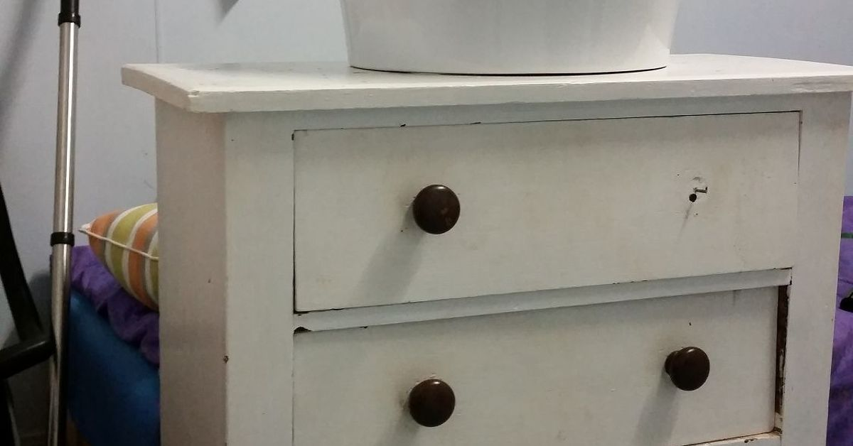 Renovating bathroom turning a dresser into a vanity for Turning a dresser into a bathroom vanity