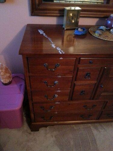 Can Salt Lamps Leak : Himalayan salt lamp leaked on dresser Hometalk