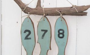 easy diy pallet wood fish house numbers, crafts, how to, pallet, repurposing upcycling