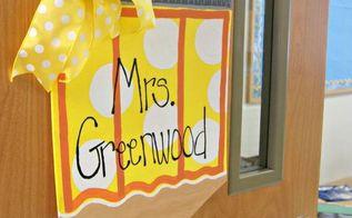 diy door hanger personalized teacher pencil, crafts, doors, how to, wreaths