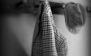 railroad spike coat rack easy diy, diy, how to, repurposing upcycling, storage ideas