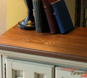 Chalk Painting  Video! Painting Two Vintage Night Stands