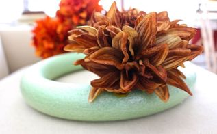 easy fall wreath in 5 minutes, crafts, seasonal holiday decor, wreaths