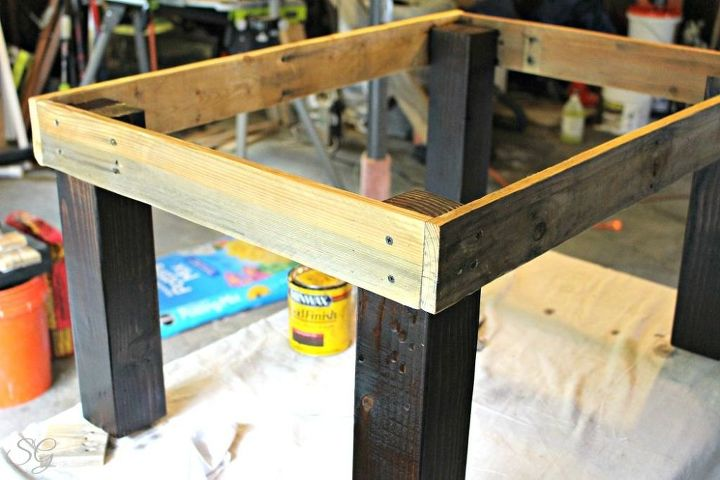 Easy Pallet And Glass Coffee Table Diy Painted Furniture Pallet Repurposing Upcycling