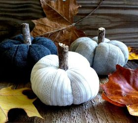 diy sock pumpkins, crafts, halloween decorations, repurposing upcycling, seasonal holiday decor