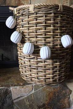 diy pumpkin garland, crafts, seasonal holiday decor