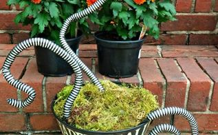 scary halloween snake basket fun craft project, container gardening, crafts, halloween decorations, seasonal holiday decor