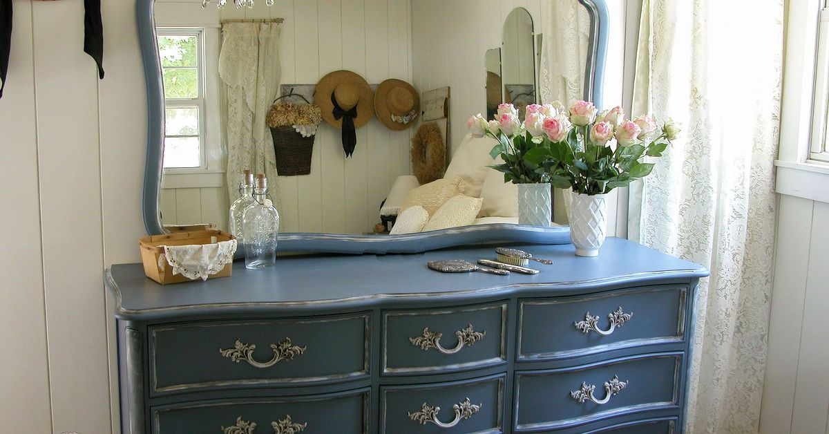 Outdated dresser set gets french country makeover hometalk French country furniture