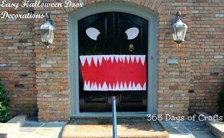 cheap and easy halloween door decorations, halloween decorations, seasonal holiday decor
