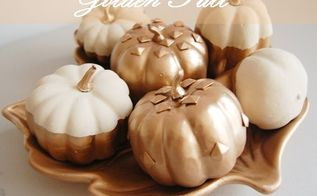 golden fall pumpkins, chalk paint, crafts, seasonal holiday decor