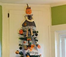 kitchen halloween tree, halloween decorations, seasonal holiday decor