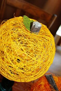 string pumpkins, crafts, home decor, thanksgiving decorations