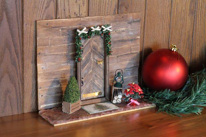 Holiday Elf Door Hometalk