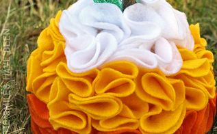 diy candy corn ruffled felt pumpkin, crafts, halloween decorations, how to, seasonal holiday decor
