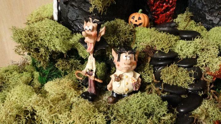 halloween miniature garden gardening halloween decorations repurposing upcycling seasonal holiday decor - Miniature Halloween Decorations