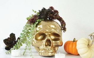 diy gilded skull vase, crafts, halloween decorations, seasonal holiday decor