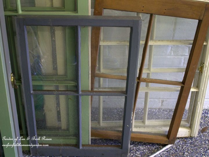 Recycling Old Wooden Doors And Windows For Home Decor: Recycled Window Picture Frame