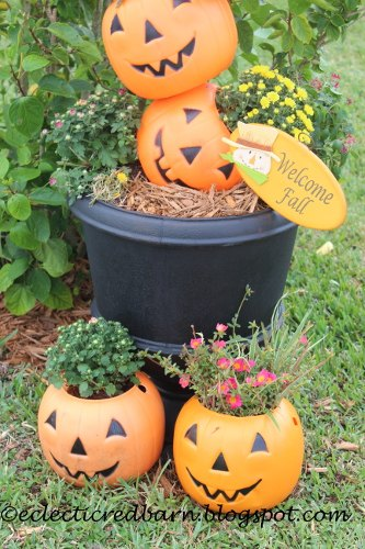 what to do with plastic pumpkins gardening halloween decorations repurposing upcycling seasonal - Plastic Pumpkins