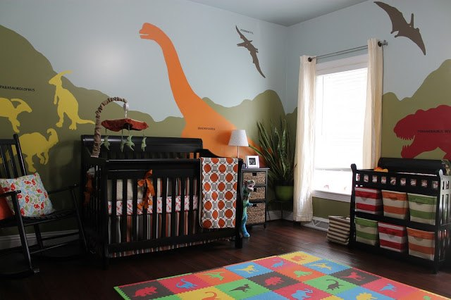 DIY Dinosaur-Themed Nursery