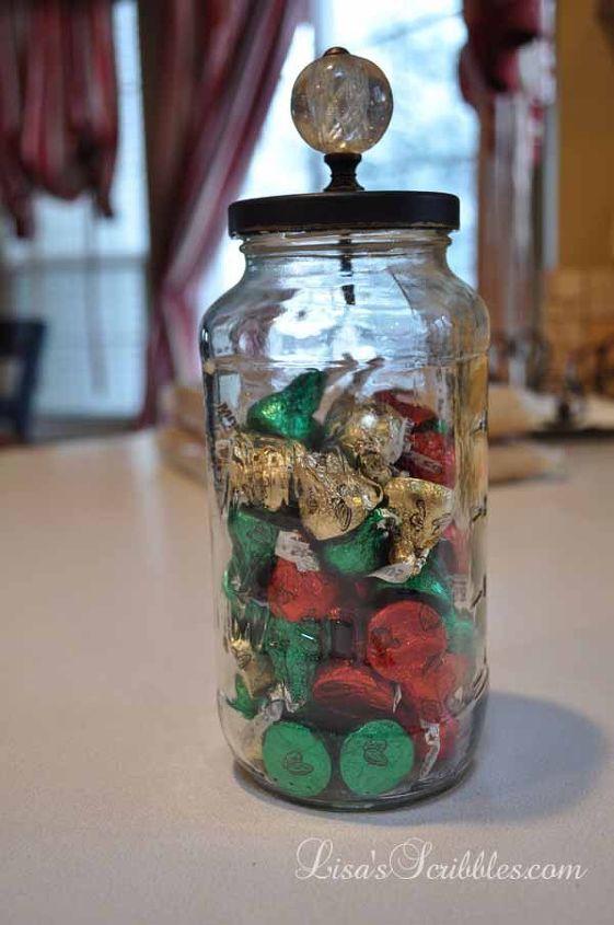 Diy christmas candy jars hometalk for Christmas glass jar decorations