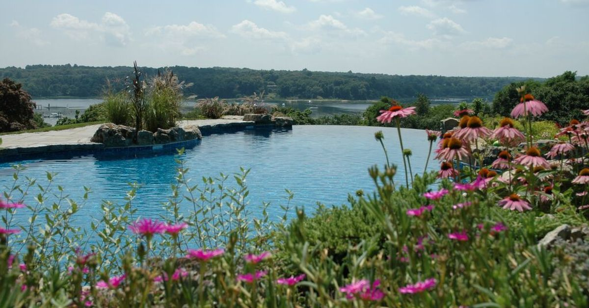 Infinity Pool Project In Cove Neck Long Island Ny