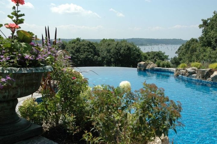 Infinity pool project in cove neck long island ny for Pool design long island ny