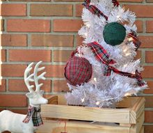 plaid rag ball ornaments, christmas decorations, seasonal holiday decor
