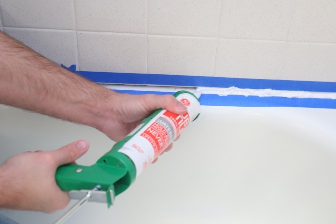Angie 39 S List How To Caulk Your Shower Hometalk