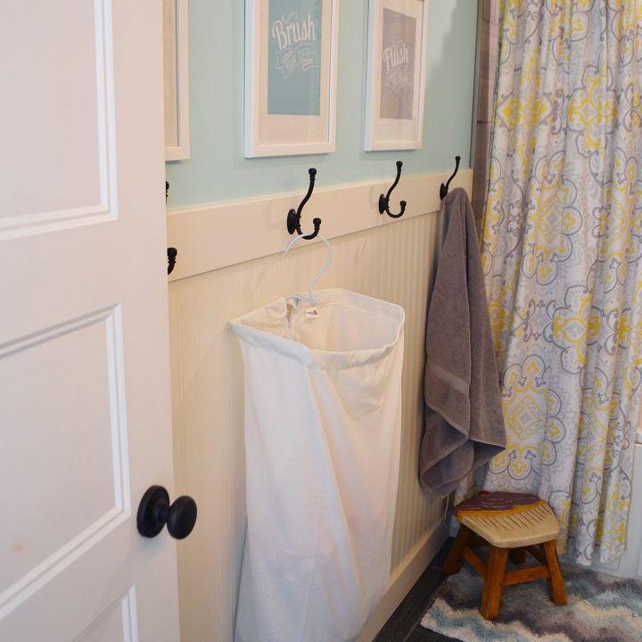 A happy yellow aqua kids 39 bathroom hometalk for Bathroom ideas aqua