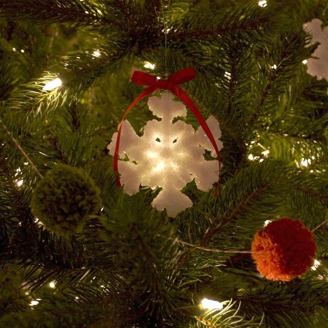 9 Awesome Christmas Decorations You Can Make In An Instant