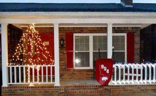 wire fencing turned christmas light decor, christmas decorations, seasonal holiday decor