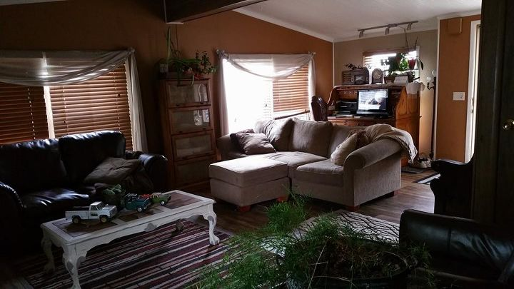 Updated mobile home post hometalk for Mobile home living room ideas