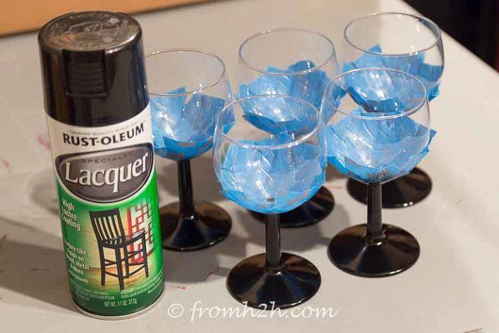 diy santa wine glasses christmas decorations crafts seasonal holiday decor - Glass Decorations