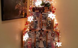 crate christmas tree, christmas decorations, repurposing upcycling, seasonal holiday decor