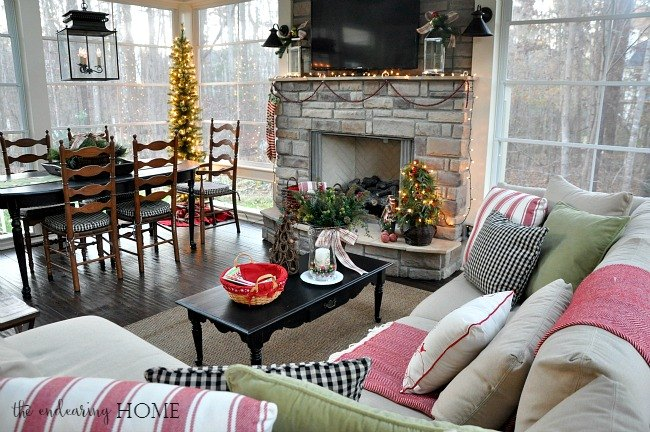 A Cozy Christmas Back Porch Hometalk