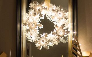 glowing snowflake wreath, christmas decorations, crafts, seasonal holiday decor, wreaths