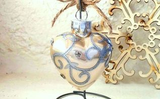 rustic wire ornament stand quick, christmas decorations, crafts, seasonal holiday decor