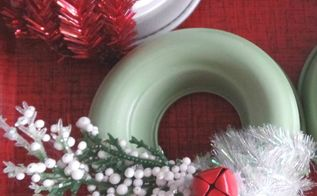 christmas decor vintage jello mold mini wreaths, christmas decorations, crafts, repurposing upcycling, seasonal holiday decor, wreaths