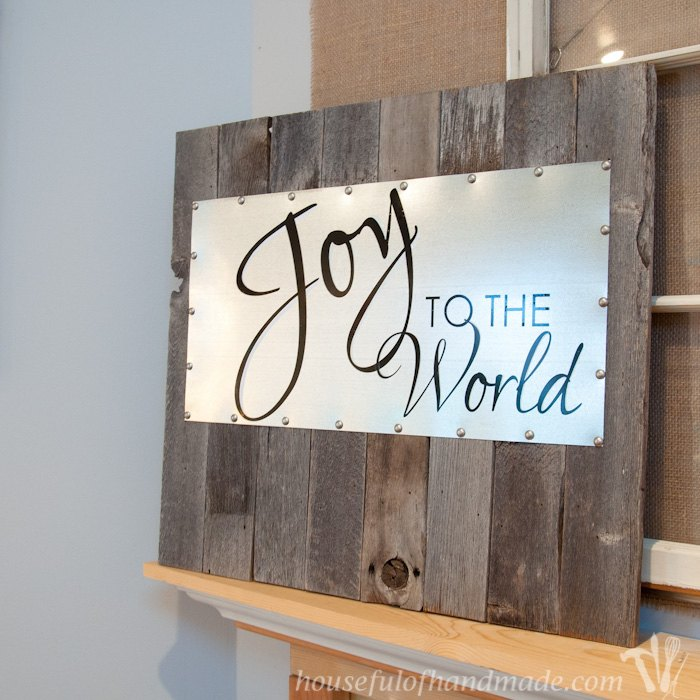 Reclaimed Wood And Steel Decorative Sign Christmas Decorations Seasonal Holiday Decor Woodworking Projects