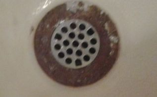 q the drain thingie in my bathtub is horrible looking as you can see, cleaning tips, house cleaning